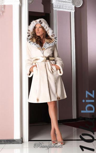 Пальто из щипаной норки с капюшоном из канадской рыси Шубы норковые в Москве