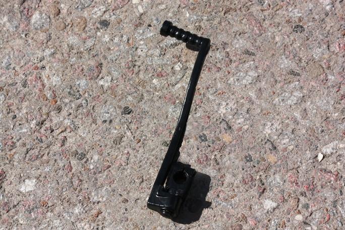 Ножка заводная AD-100