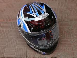 Фото Экипировка Шлем Мустанг черный с синим маленький размер