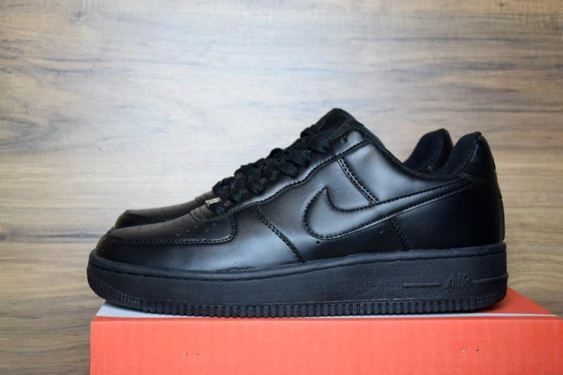 Nike Air Force 1 Black (38-40)