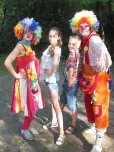 Фото  Клоуны на Выпускной детский