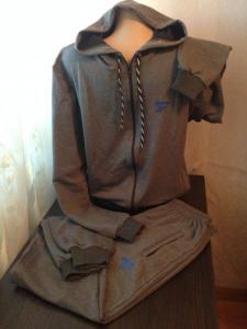 Фото Одежда Спортивные костюмы