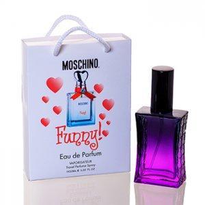 Фото Парфюмы в подарочной упаковке. 50мл, Женские Moschino Funny в подарочной упаковке 50 ml