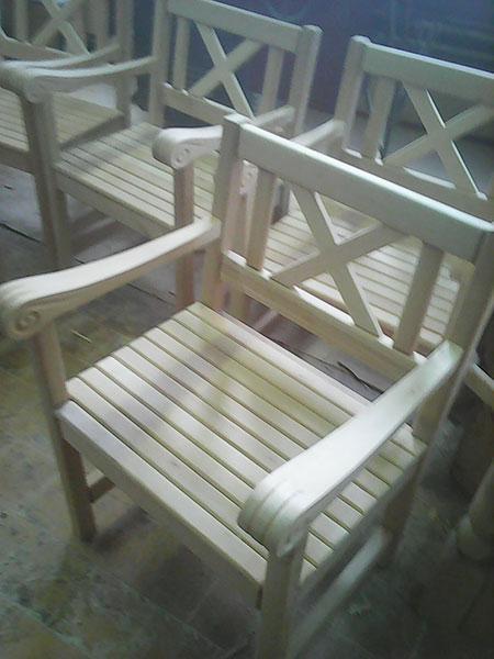 Садовая и парковая мебель из дерева и металла под заказ от белорусского производителя