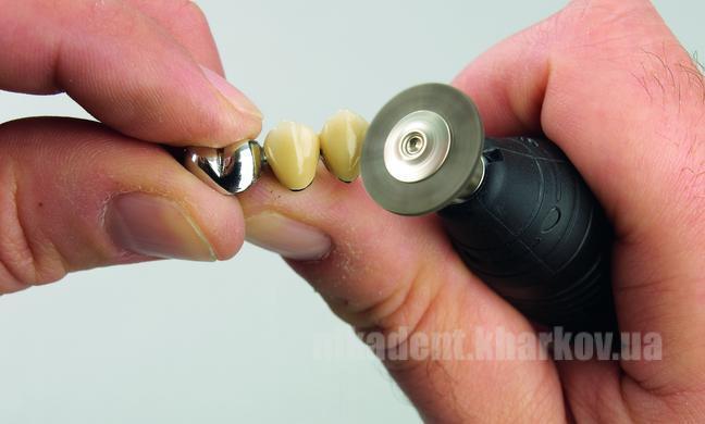 Фото Для зуботехнических лабораторий, АКСЕССУАРЫ, Полиры, щетки, диски Щетка BISON (Безон ) Renfert 18мм