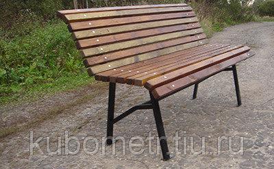 Скамейка из дерева для парка усиленная