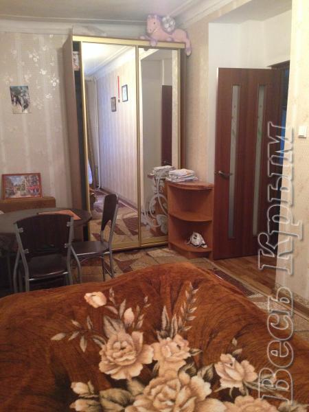 35 Аренда Ялта: 2-х комнатные  апартаменты рядом с Набережной ул Тольяти Жилье для отдыха в Ялте