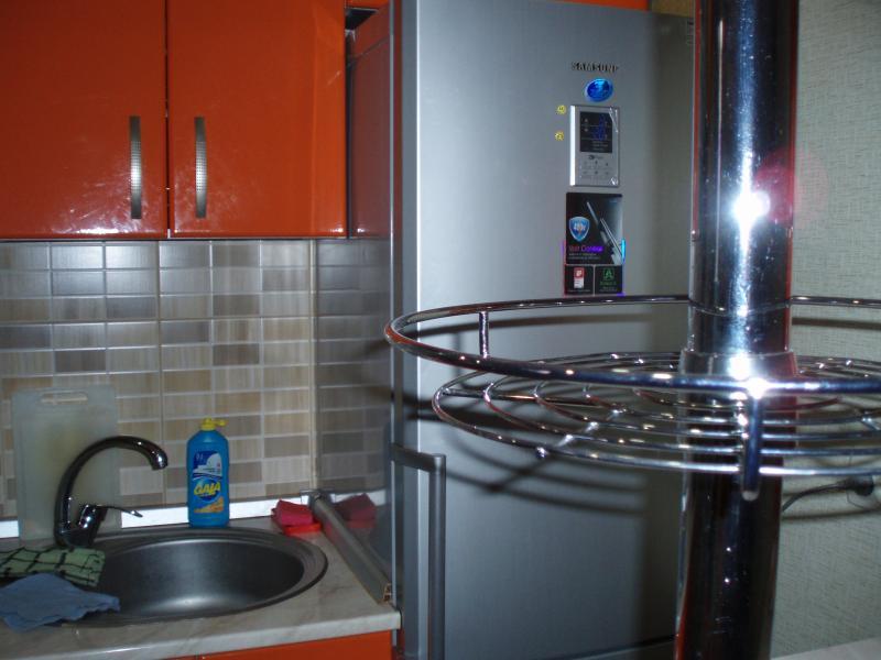 37 Аренда Ялта: 1 комнатные  апартаменты ( красная кухня ) рядом с Набережной ул Свердлова