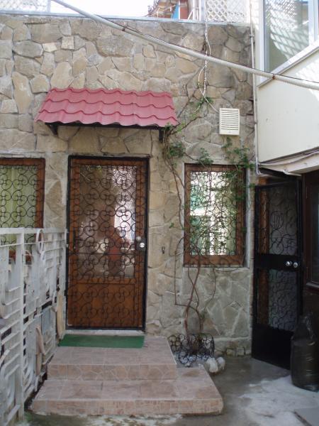 Фото  38  Аренда Ялта: 1 комнатные  апартаменты ( леопард ) рядом с Набережной ул Свердлова