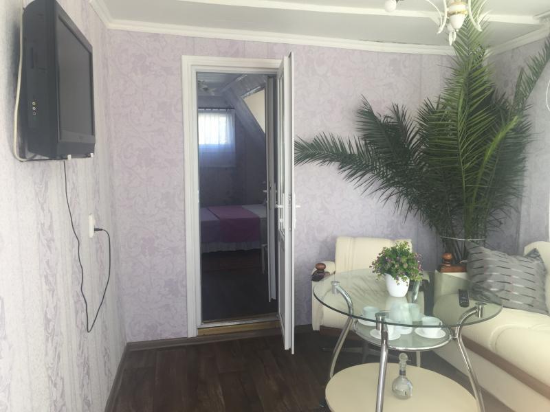 Фото  41 Аренда Ялта: 1 комнатные   апартаменты ( с террасой  ) Свердлова с Набережной