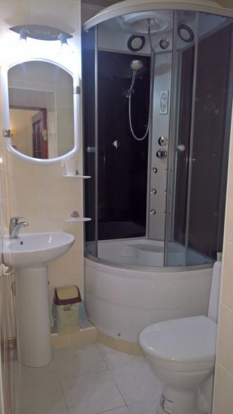 Фото  32  Аренда Ялта: 1 комнатные  апартаменты ( Анжела ) ул Свердлова   рядом с Набережной