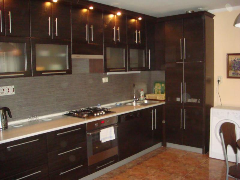 33  Аренда Ялта: 2-х комнатные  апартаменты ( Анжела ) ул Свердлова   рядом с Набережной