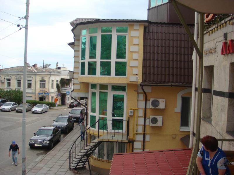 Фото  33  Аренда Ялта: 2-х комнатные  апартаменты ( Анжела ) ул Свердлова   рядом с Набережной