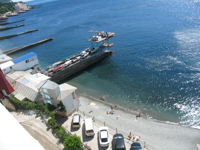 Фото  25  Аренда эллинга  на берегу моря 4 эт ( владимир ) в г. Ялта  пгт Отрадное