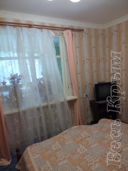 29  Аренда Ялта: 2-х комнатные  апартаменты ( Рома) ул Фонтанная   рядом с Набережной  Жилье для отдыха в Крыму