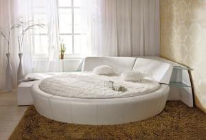 Фото  Круглая кровать «Принцесса»