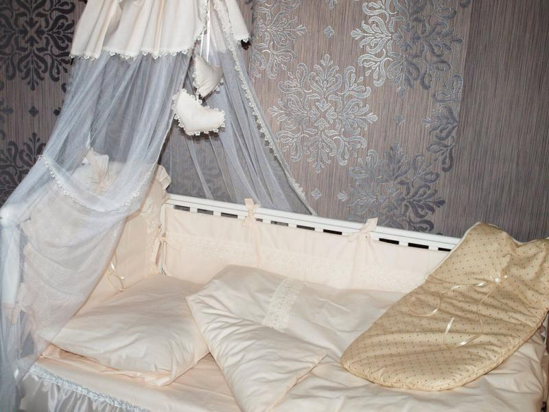 Фото ОДЕЯЛА, ПОДУШКИ, ПОКРЫВАЛА, ПЛЕДЫ., Для новорожденных Набор в кроватку королевский