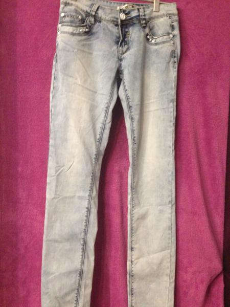 джинси р28