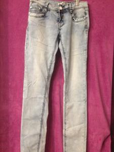 Фото Розпродаж джинси р28