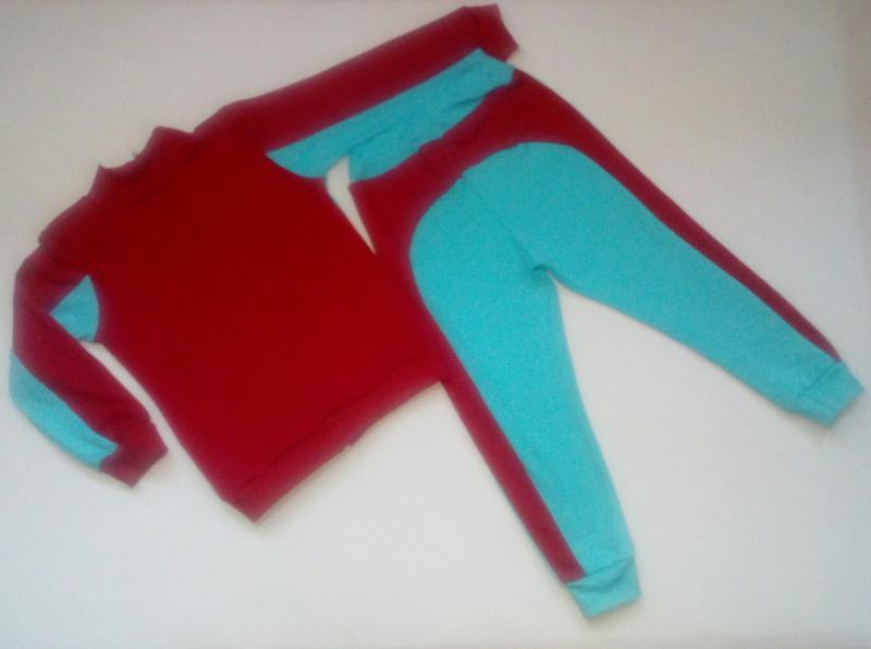 Фото Трикотаж для девочек, Спортивные костюмы Спортивный костюм