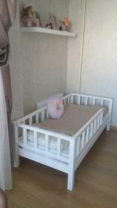 Фото  Детская кроватка Манеж