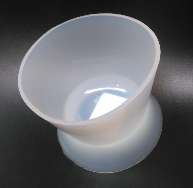Чашка силиконовая для замешивания пластмас (67х56)