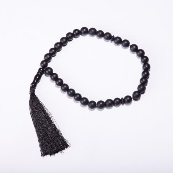 Четки из натурального камня Шунгит черный 33 бусины d-10мм