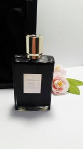 Фото  Тестер парфюмированной воды Intoxicated By Kilian для мужчин и женщин 50 мл