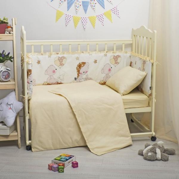 Бампер в кроватку с рюшами Мишка в колпаке, 35х360 см, цв беж, бязь/поплин, синтепон 400гр