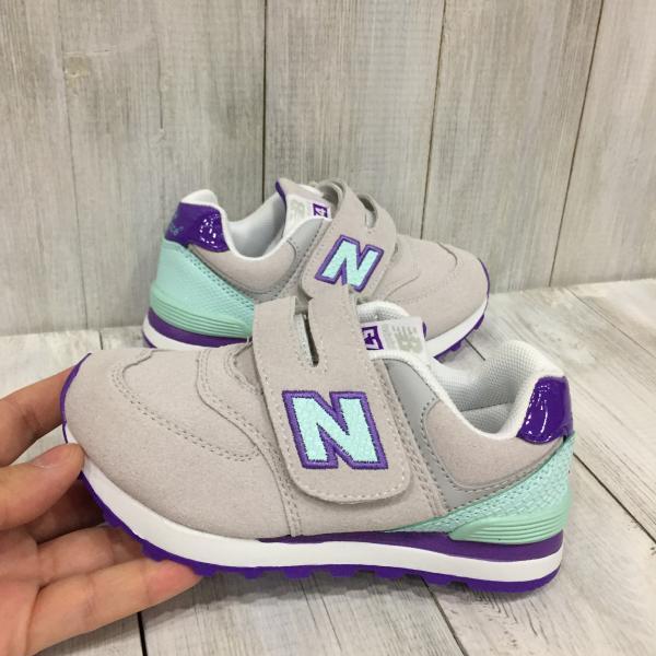 Детские New Balance серые с фиолетовым