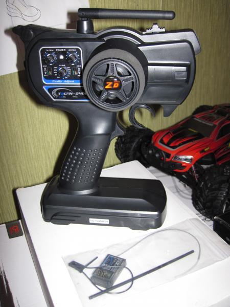 Радиоаппаратура управления 3-канальная ZD Racing T3GMN-2400 с приемником на 3 канала.