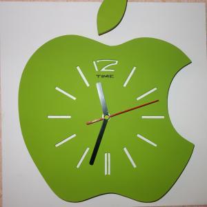 Фото  Настенные часы Зеленое яблоко