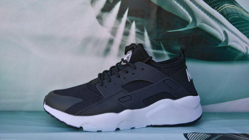 Nike Air Huarache Black White (41-46)