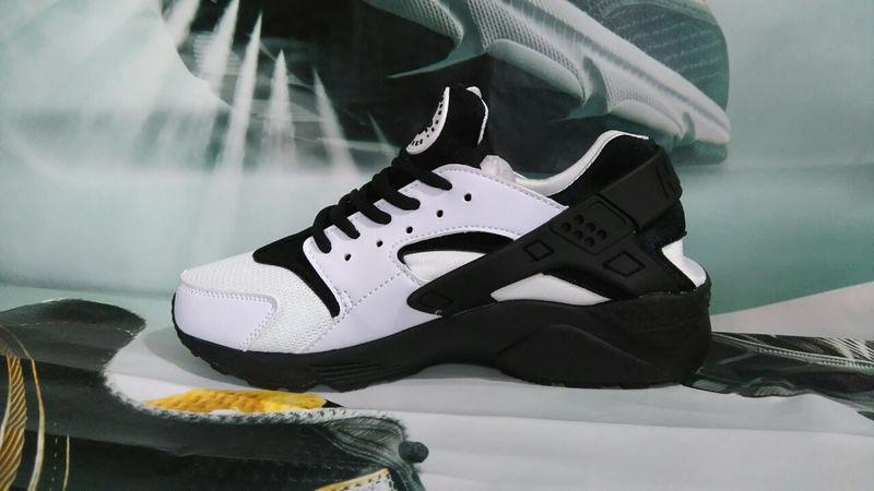 Nike Air Huarache White Black (36-39)