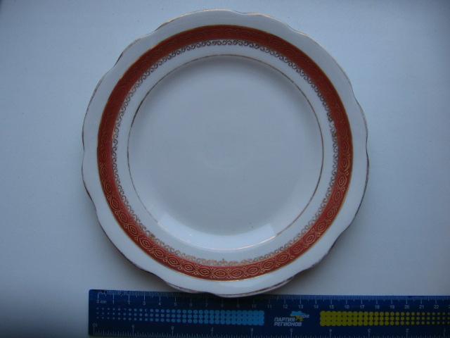 Фарфоровая тарелка Коростень 17 см