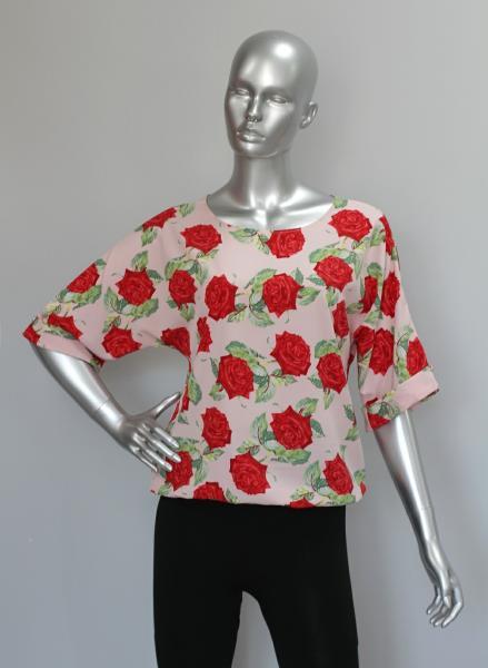 Фото Блузы Блуза A36.1 Розы на розовом