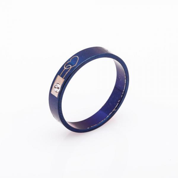 """Кольцо """"Сердце"""" хайтек синее р-р 17-21 b-4мм"""