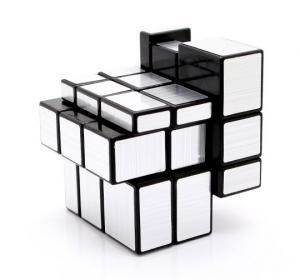 Фото  Зеркальный кубик рубик