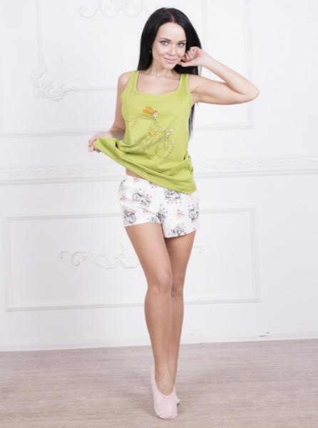 Фото  Яркая пижама женская
