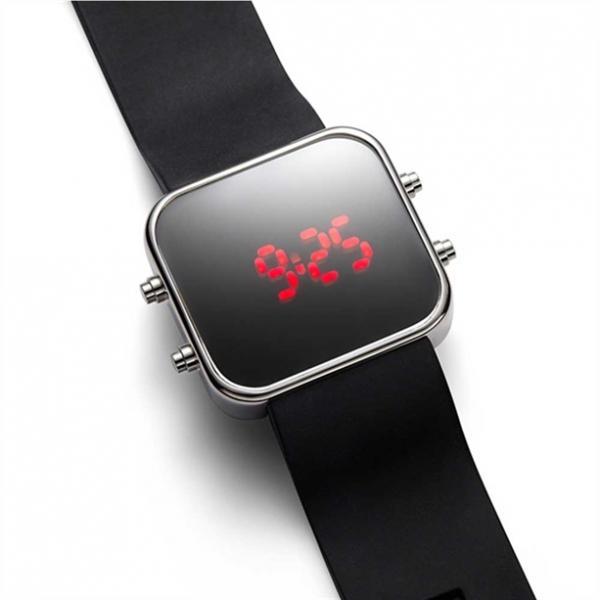 Чоловічий наручний електронний годинник «Томас»