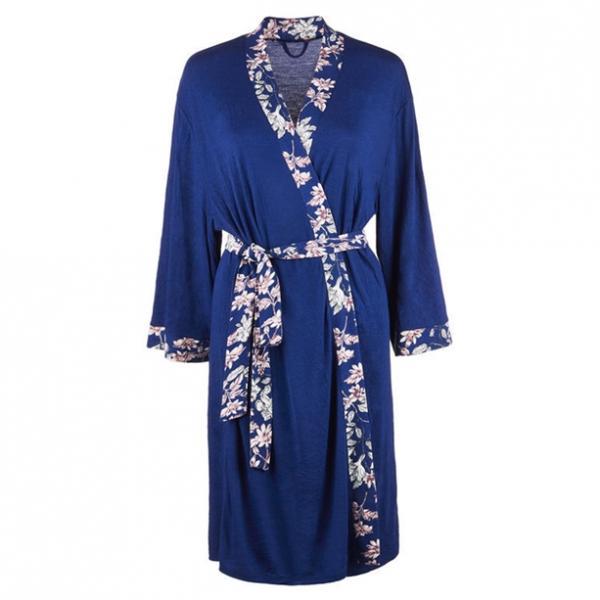Одяг домашній жіночий: халат