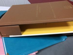 Фото  Папка меню кожзам двухцветная