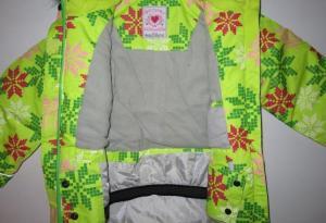 Фото Куртки, комбинезоны, пальто, жилетки ДЕВОЧКАМ РАСПРОДАЖА! Куртка для девочки, горнолыжная (от 4-5 и 7-8 лет)