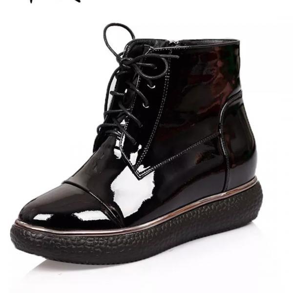 Ботинки лаковые натуральная кожа
