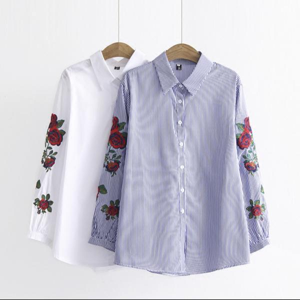 Рубашка с вышивкой на рукавах