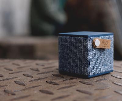 Фото Акустика, Fresh n Rebel Акустика Fresh n Rebel Rockbox Cube Fabriq Edition Indigo (1RB1000IN)