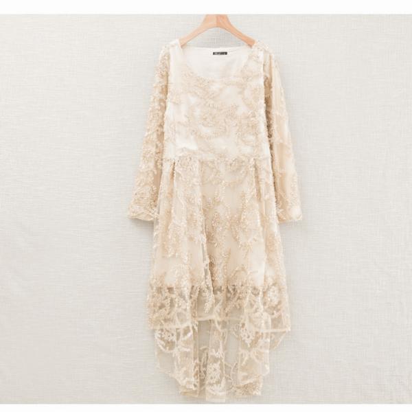 Платье с подолом
