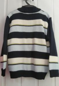 Фото Кофты, толстовки, рубашки, свитера РАСПРОДАЖА! -30% Свитер  унисекс от  3 до 5 лет