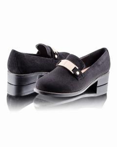 Фото  Классические замшевые туфли