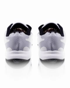 Фото  Беговые кроссовки серого цвета